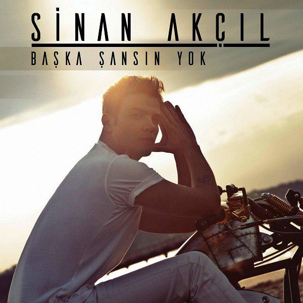 دانلود اهنگ جدید Sinan Akcil به نام Baska Sansin Yok