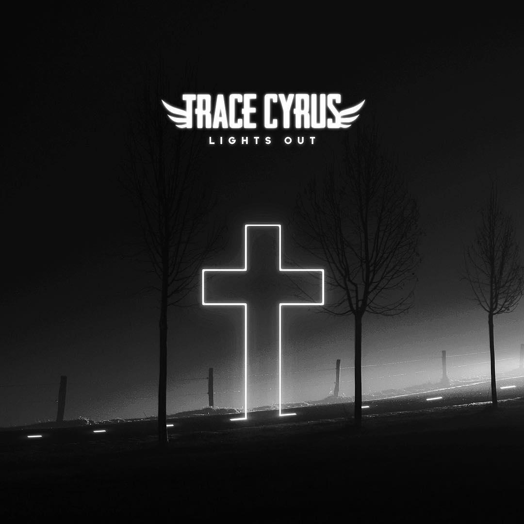 دانلود آهنگ جدید Trace Cyrus به نام Lights Out